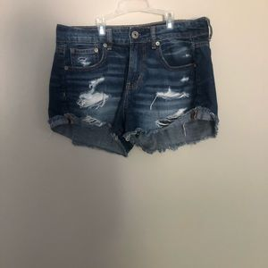 American Eagle tom girl shortie shorts.  Size 2